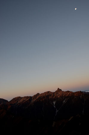 月と槍ヶ岳